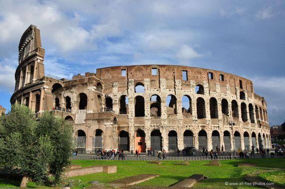 CONFÉRENCE A BIARRITZ : LA ROME ANTIQUE.